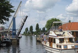 http://www.yachtcharterwetterwille.nl/uploads/images/reisverslagen/rijsenhout.jpg