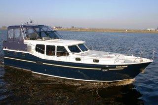 http://www.yachtcharterwetterwille.nl/uploads/images/schepen-klein/Vacance1200_Amazone.JPG