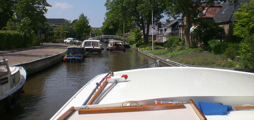 http://www.yachtcharterwetterwille.nl/uploads/images/slider/2e-weekend-ymkje-020.jpg