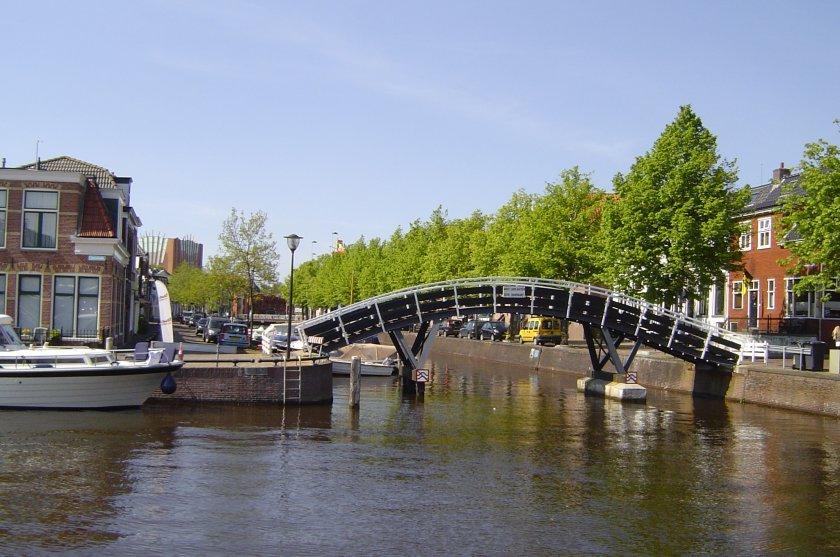 http://www.yachtcharterwetterwille.nl/uploads/images/slider/DSC04104_1.jpg
