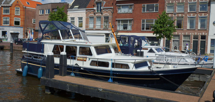http://www.yachtcharterwetterwille.nl/uploads/images/slider/Holland-2012-247.jpg