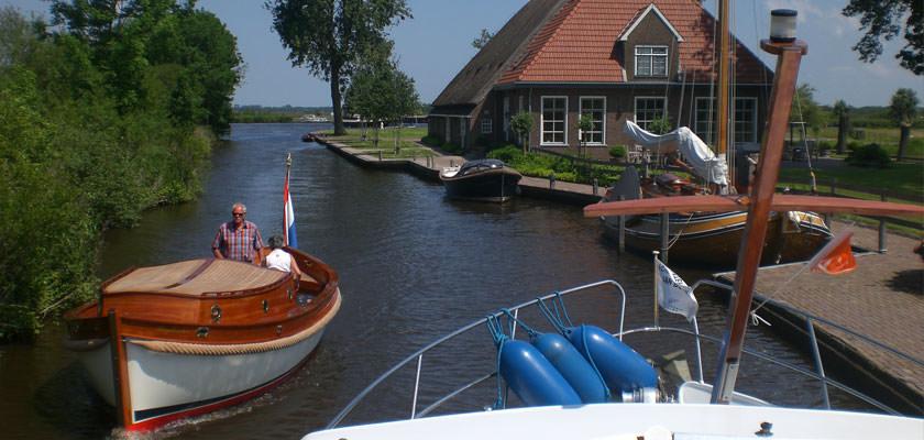http://www.yachtcharterwetterwille.nl/uploads/images/slider/aldefeanen7.jpg