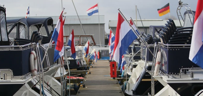 http://www.yachtcharterwetterwille.nl/uploads/images/slider/bedrijfspresentatie55.jpg