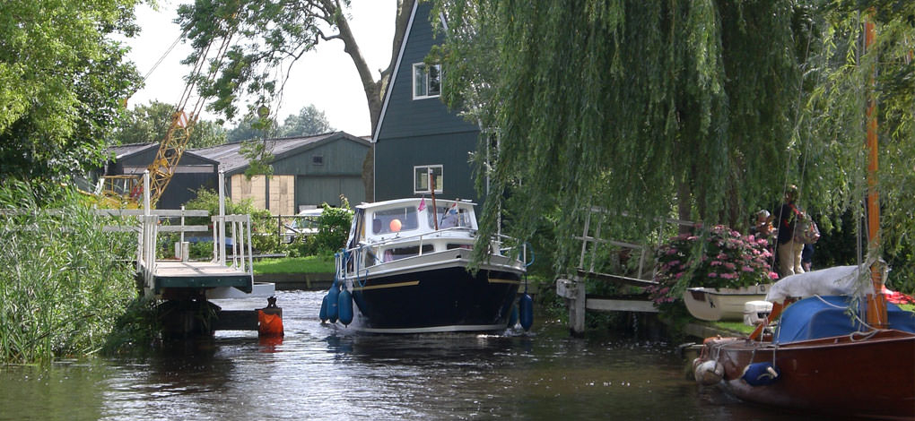 http://www.yachtcharterwetterwille.nl/uploads/images/slider/home/caegh-uitwellingerga.jpg