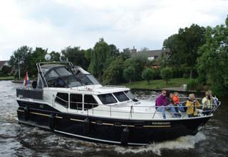 http://www.yachtcharterwetterwille.nl/uploads/images/vaarroutes/aquaductenroute.JPG